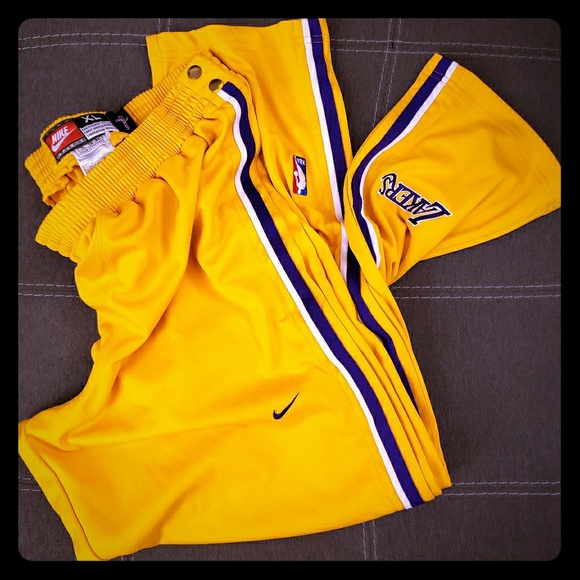 270ef3657 Los Angeles Lakers Nike Tear-away Warm-ups XL NBA.  M_5c08cc5b0cb5aae77728c196